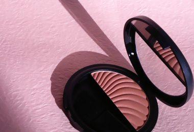 Cum alegi nuanța perfectă pentru blush